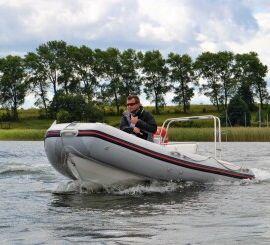 Szkolenie na uprawnienia do prowadzenia motorówki i skutera wodnego